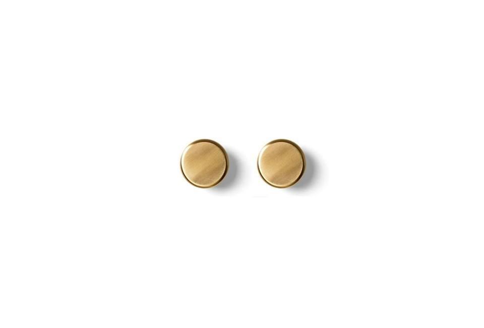 菜单浴缸旋钮也有黄铜