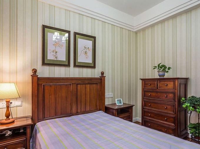 80平米三居室小户型装修次卧效果图