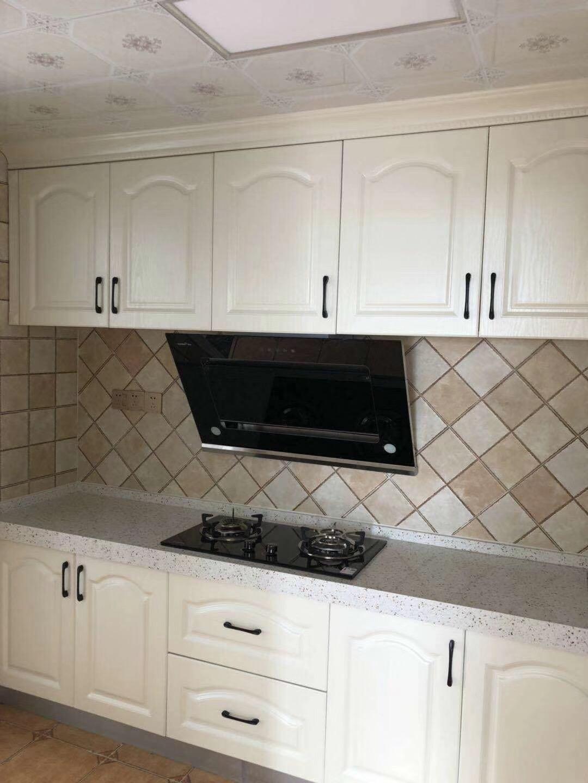 远大麓园90平3房2厅2卫简欧现代厨房吊柜地柜