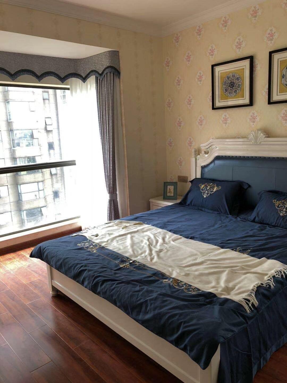 远大麓园90平3房2厅2卫简欧现代主卧