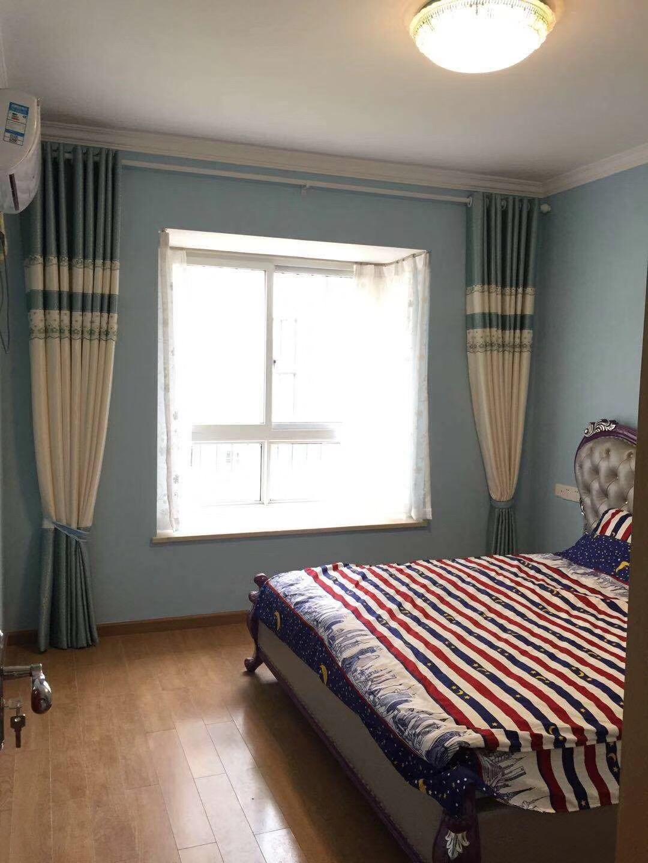 长沙94平米现代简约风格主卧窗户图片