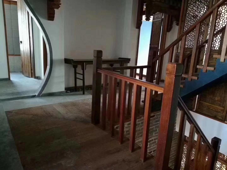 长沙130平中式古典风格楼道展示图