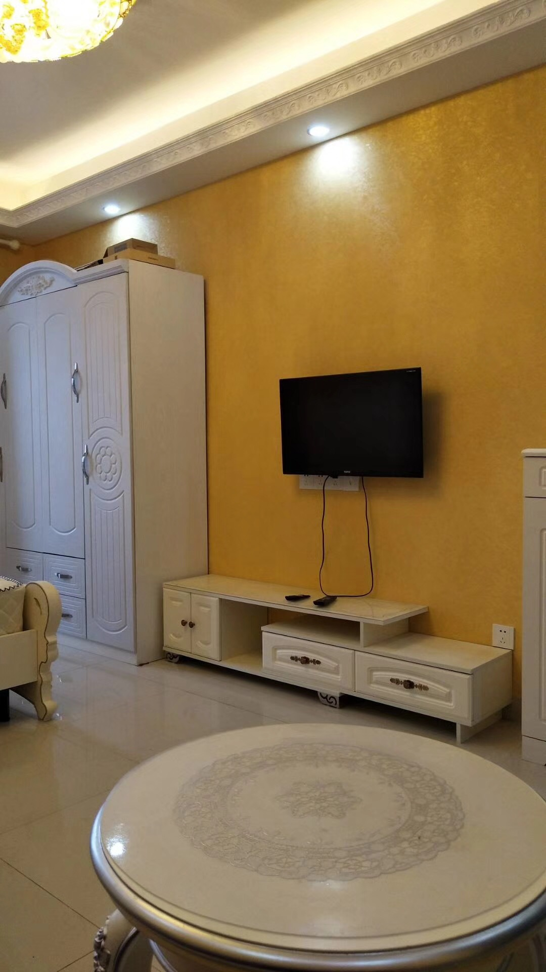 长沙85平米北欧现代客厅桌子图片