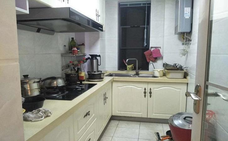 长沙64平简欧风厨房装修效果图