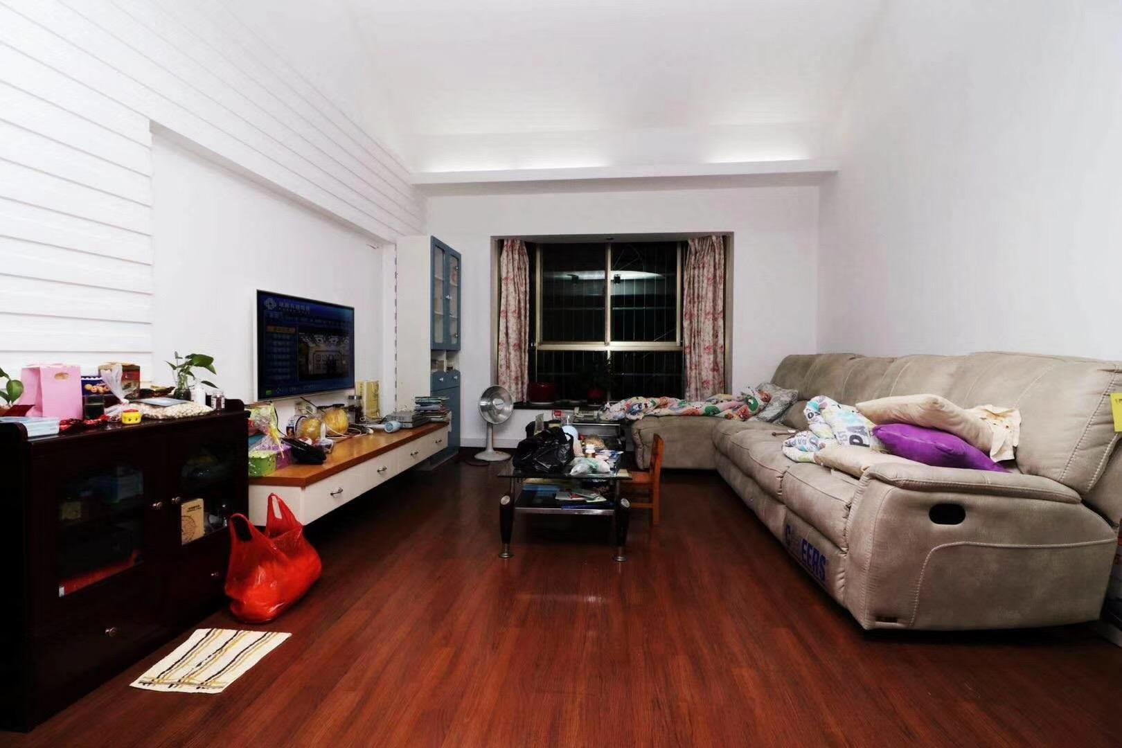 长沙110平米现代简约客厅装修效果图