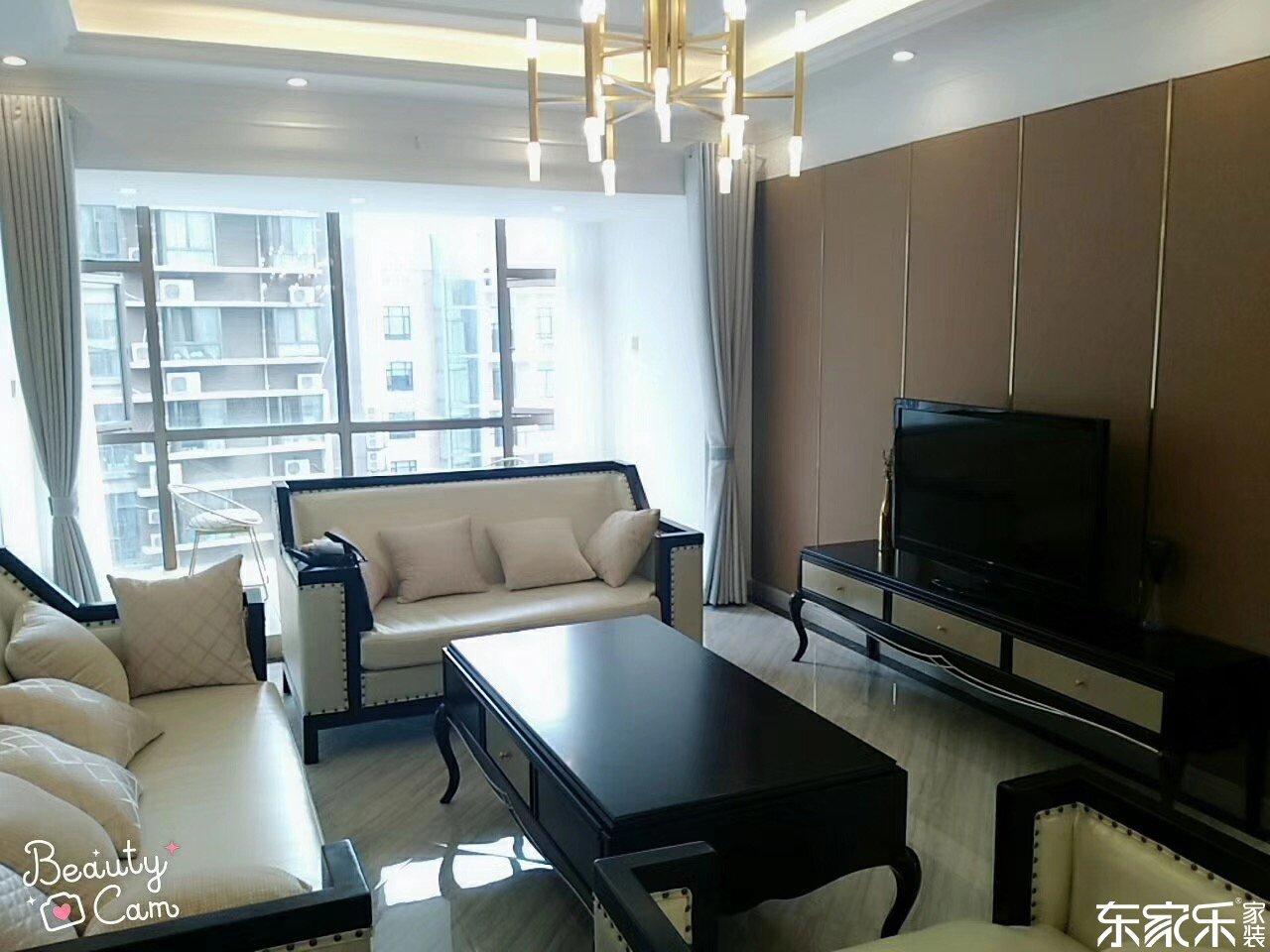 115平米现代简约风格客厅装修效果图