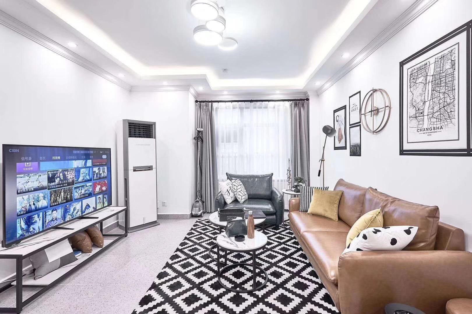 客厅黑白色系装饰搭配