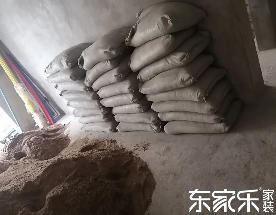 装修,你知道装修贴墙地砖应该用什么样的沙子吗?